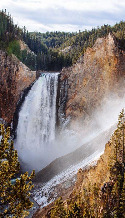 Yellowstone Falls - Yellowstone National Park